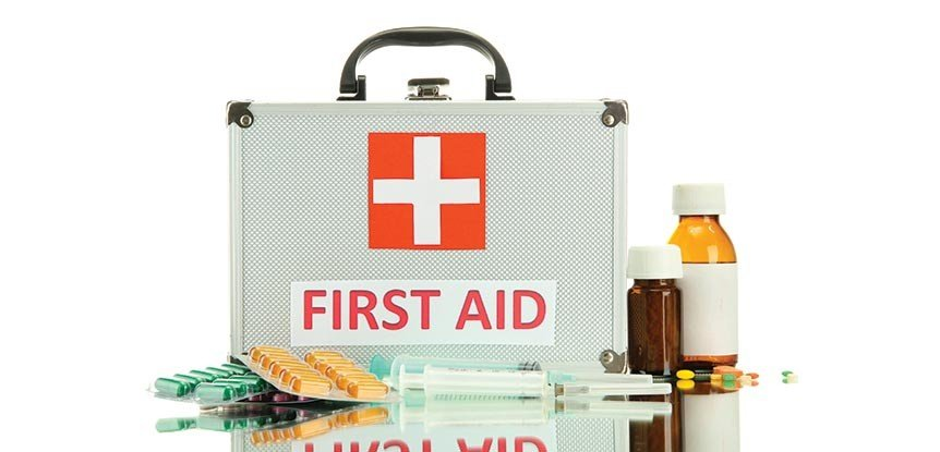 How to assemble a first-aid kit