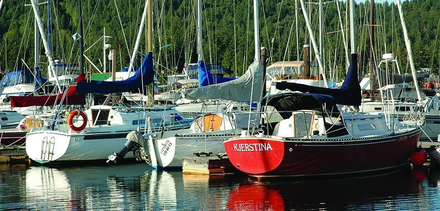 Couple falls for Vancouver marina